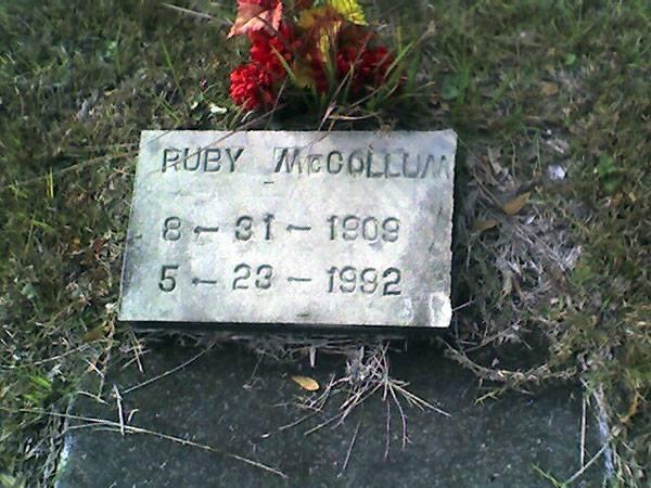 Ruby-McCollum-grave