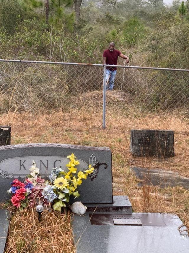 shiloh-cemetery-mounds-1